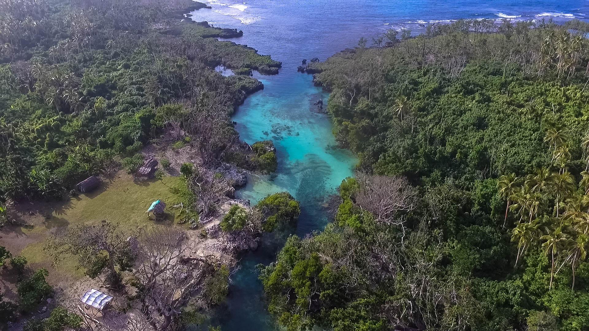 vanuatu blue lagoon efate
