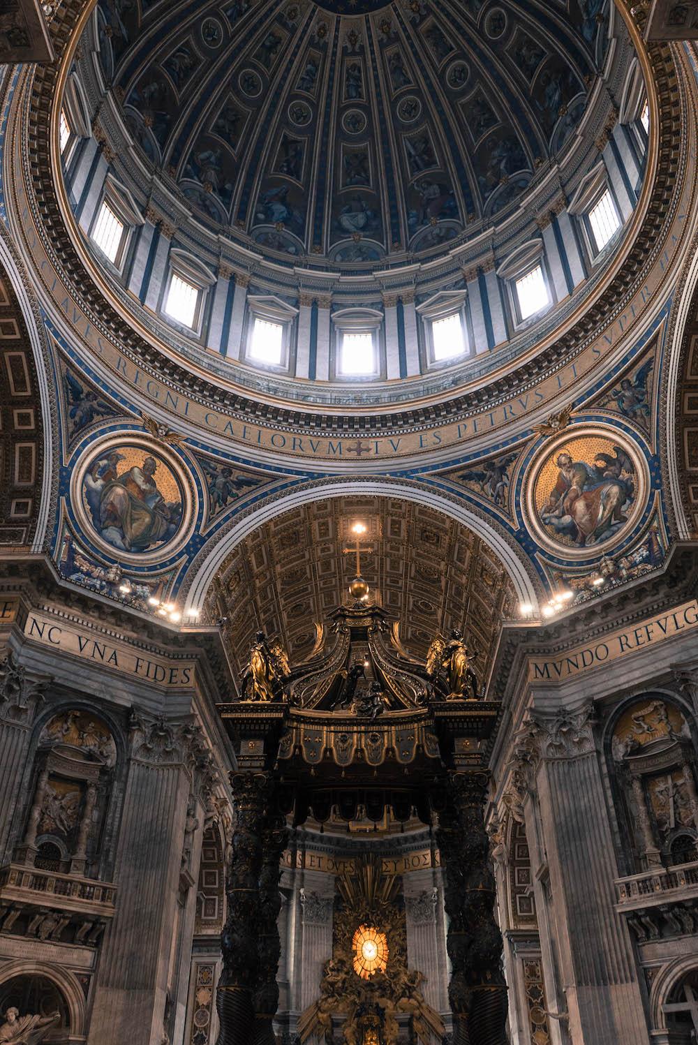 dome interieur basilique saint pierre